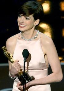 Anne Hathaway: wonderful boobs, incredible actor